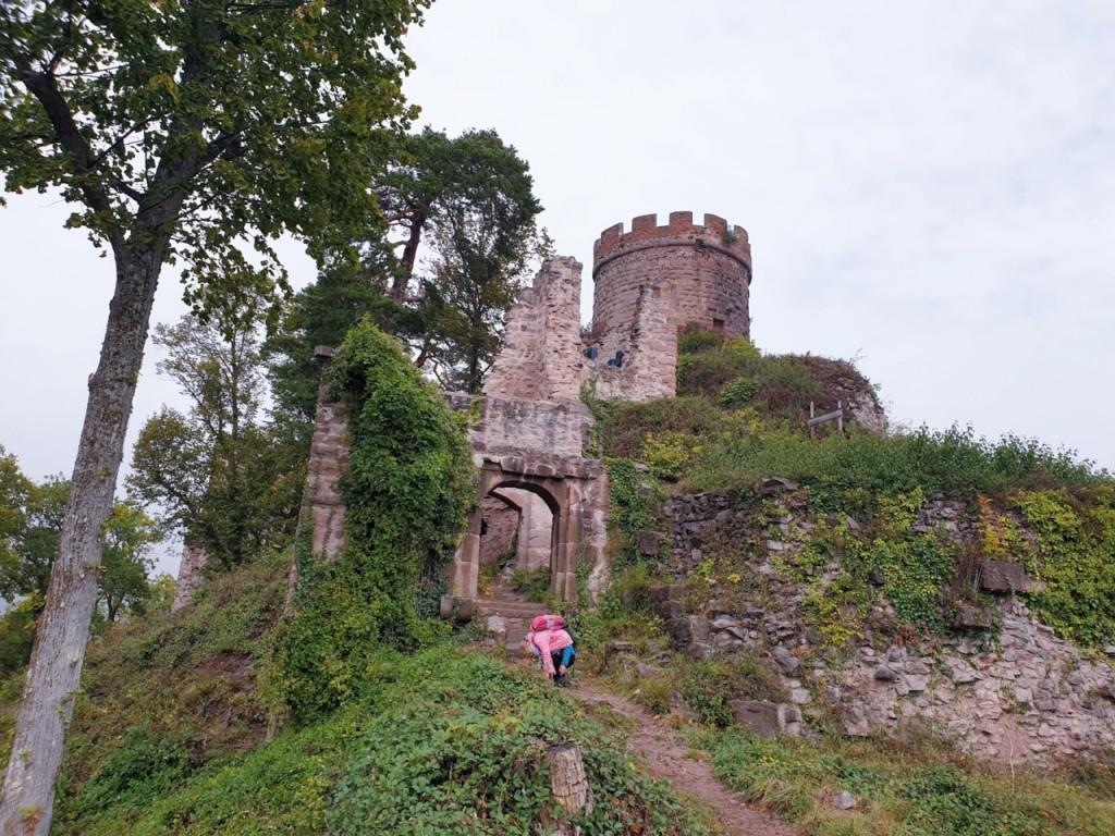 die Burg Girsberg